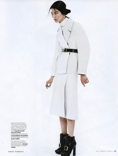 ji-hye-park-by-emma-tempest-for-vogue-russia-july-2013-7